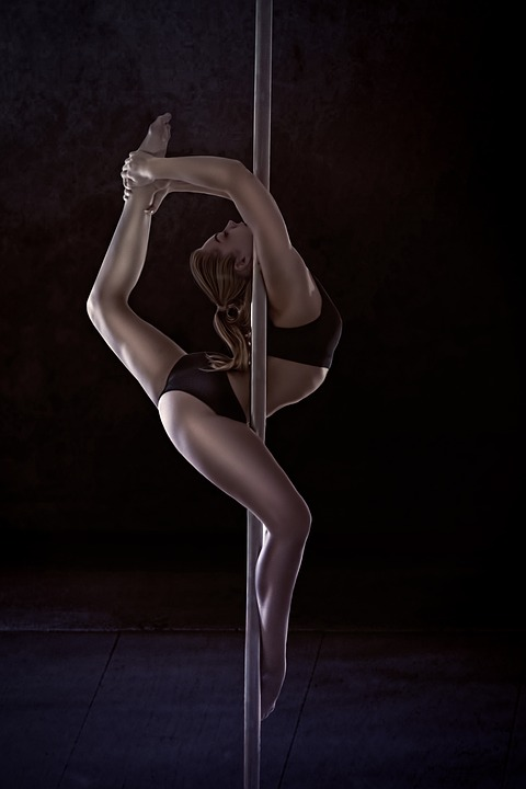 Pole dance figure